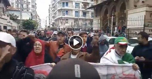 🔴 Vidéo | Mobilisation maintenue pour ce 47e vendredi du Hirak à Alger