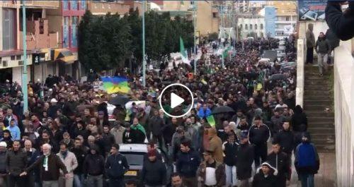 🔴 Vidéo | Bouira : Impressionnante mobilisation populaire au 47e vendredi du Hirak