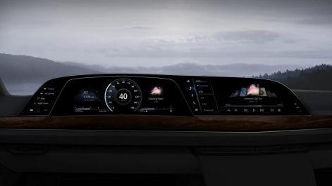 Le premier cockpit P-Oled de véhicule au monde de LG fait ses débuts dans la nouvelle escalade Cadillac 202