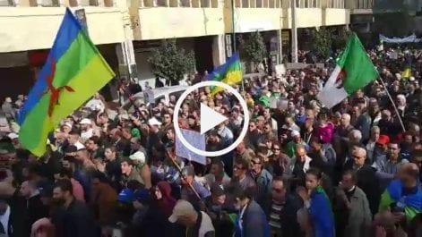 51e vendredi : Une immense foule investit la rue à Tizi Ouzou