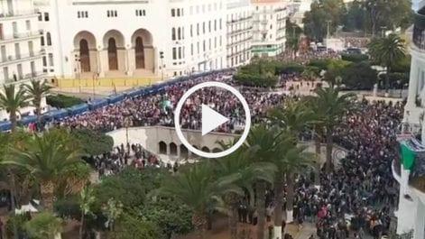 53e vendredi : Impressionnante marée humaine à Alger