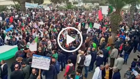 53e vendredi : Participation massive des Oranais