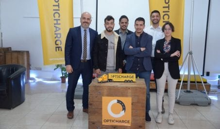Opticharge : La startup qui révolutionne le transport de marchandises  en Algérie