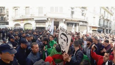 1e anniversaire du Hirak à Alger : les manifestants empêchés de marcher vers El Mouradia