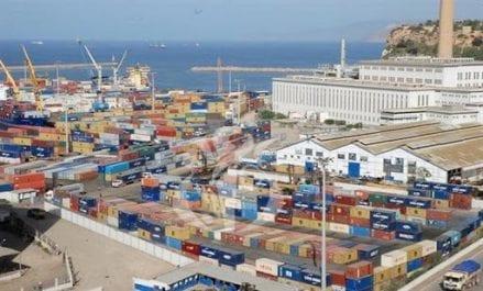 Refoulement d'une cargaison de produits électroménagers en provenance de Chine au port d'Oran