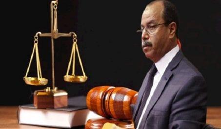 Zeghmati demande la levée de l'immunité pour deux députés du FLN
